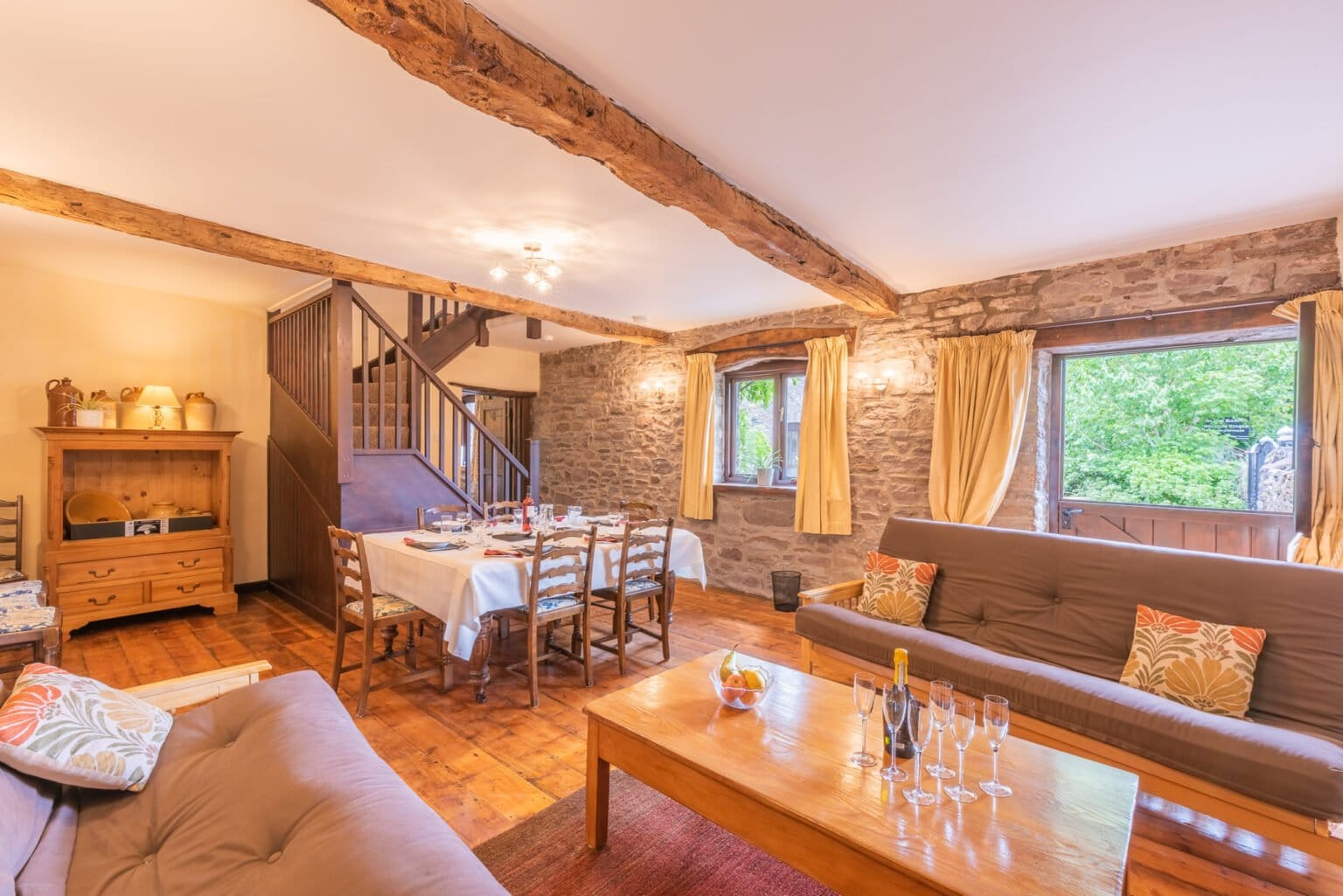 Stables Living & Dining Room